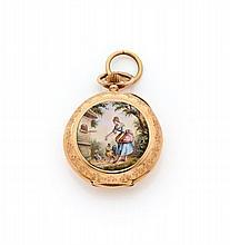 ANONYME N°100829 vers 1890 Montre de col en or rose 14k. Dos émaillé à décor d'une jeune femme et d'animaux. Cadran émail blanc...