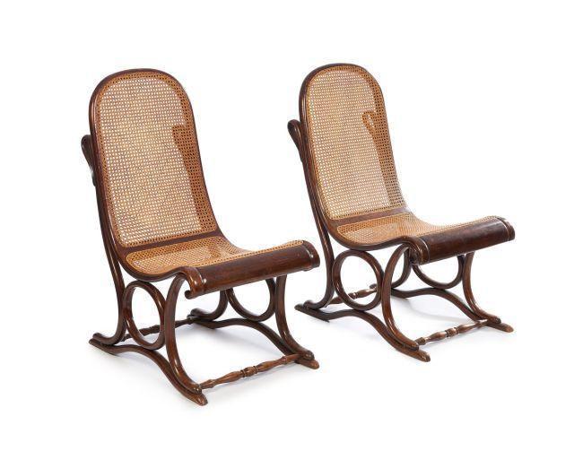 Thonet deux chaises for Chaise thonet