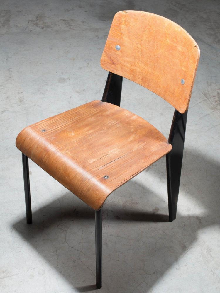 Jean prouve 1901 1984 chaise mod m tropole 305 dite sta for Chaise jean prouve