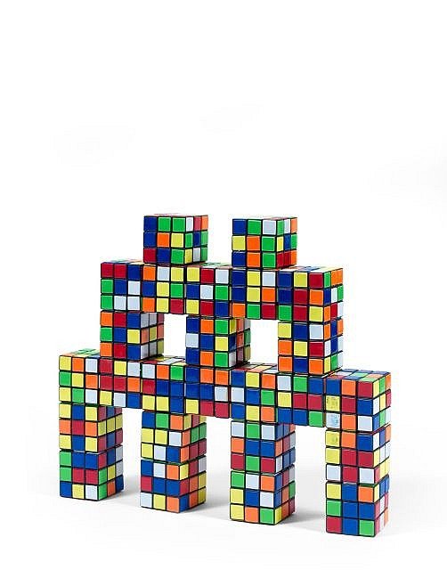 INVADER (né en 1969) CAMO RUBIK OCTOPUS, 2005 Sculpture en Rubik's Cubes assemblés