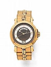 BREGUET MARINE N°4692 vers 2010 Montre bracelet en or. Boîtier rond, fond saphir. Carrure cannelée, fond vissé. Cadran deux tons...