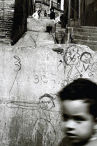 Sergio LARRAIN (Né 1931) Valparaiso, 1960 Tirage argentique postérieur d'Août 2006R...