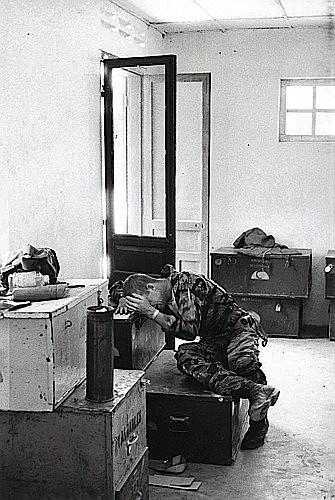 Larry BURROWS (1926 - 1971) Yankee Papa 13, Vietnam du Sud, 1965 Tirage argentique de l'...