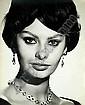 Sam LEVIN (1904-1992) Portrait de Sophia Loren, 1965 Tirage argentique de l'époqueR...