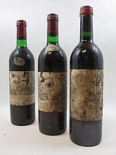 10 bouteilles 2 bts : CHÂTEAU LA FLEUR MILON 1970 Pauillac (haute épaule, étiquettes et capsules très abimées)