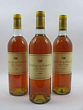 3 bouteilles CHÂTEAU DE FARGUES 1980 Sauternes (base goulot