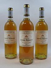 12 bouteilles CHÂTEAU LAFAURIE PEYRAGUEY 1986 1er cru Sauternes Caisse bois d''origine  (Cave 11)