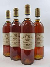 4 bouteilles CHÂTEAU RIEUSSEC 1989 1er cru Sauternes (étiquettes fanées) Caisse bois d''origine