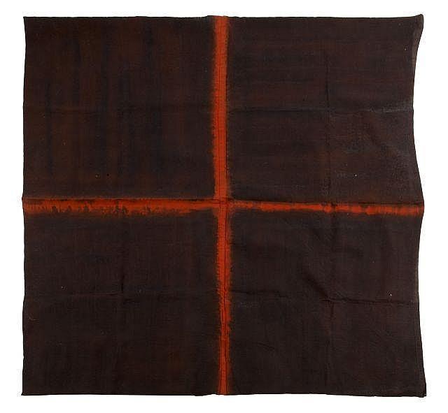 Noël DOLLA (né en 1945) CROIX ORANGE COUTURE PLATE, 1975 Huile et teinture sur toile libre cousue
