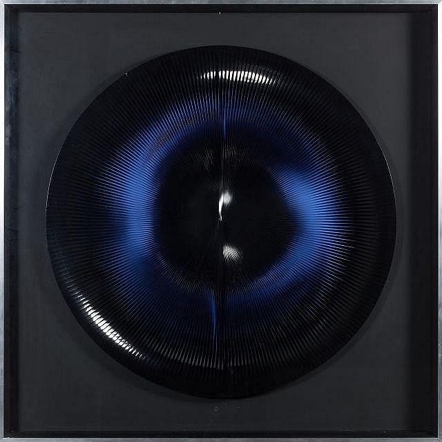 Alberto BIASI (né en 1937) DINAMICO CIRCOLARE, 1962-1967 Structure composée de bande magnétique articulée autour d'un arc central da..