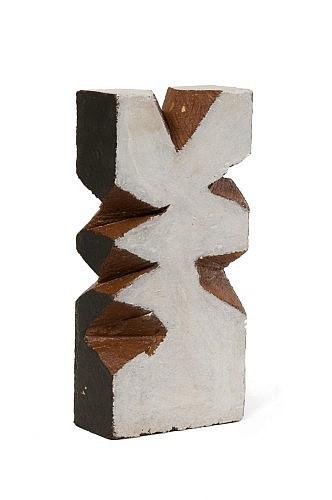 André Pierre ARNAL (né en 1939) Stèle pour l'école de la vie, 2010 Brique peinte et découpée