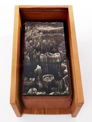 Roland FLEXNER (Né en 1944) SANS TITRE, 2010 Encre Sumi sur papier marouflé sur bois posé sur la brique