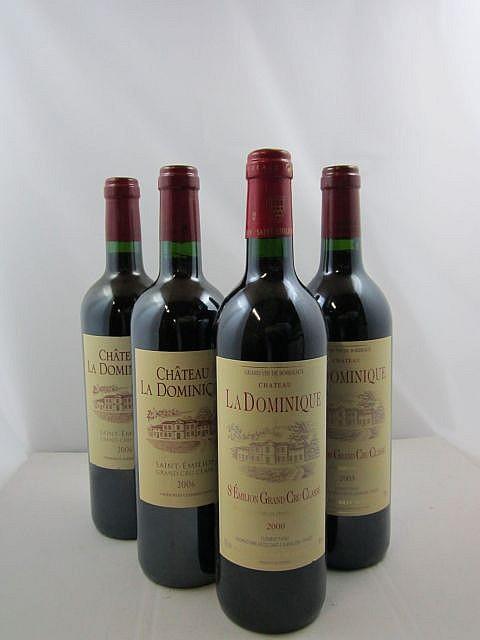 4 bouteilles 1 bt : CHÂTEAU LA DOMINIQUE 2000 GCC Saint Emilion