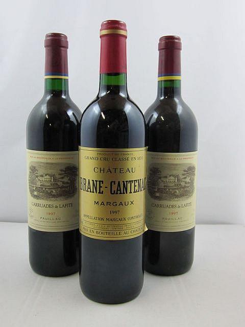 3 bouteilles 2 bts : CARRUADES DE LAFITE 1997 Pauillac