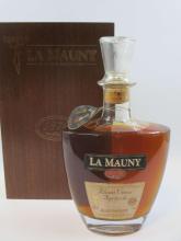 1 bouteille RHUM LA MAUNY 1979 Vieux Agricole Martinique (étiquette léger abimée