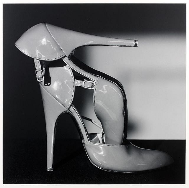 Edward MAPPLETHORPE (Né en 1960) Shoes, 1989 Tirage argentique d'époque
