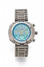 MONTEGA Vers 2005 Chronographe bracelet en acier. Boîtier rond, carrure caoutchouc. Fond saphir. Cadran nacre bleu avec 3 compte...