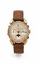 BAUME & MERCIER ASTRONOMIQUE N° 3918 vers 1940 Rare et grand chronographe bracelet à triple quantième et phase de lune en or.  B...