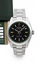 ROLEX MILGAUSS réf: 116400GV vers 2010 Grande montre bracelet en acier. Boîtier tonneau. Couronne et fond vissés. Verre vert. Ca...