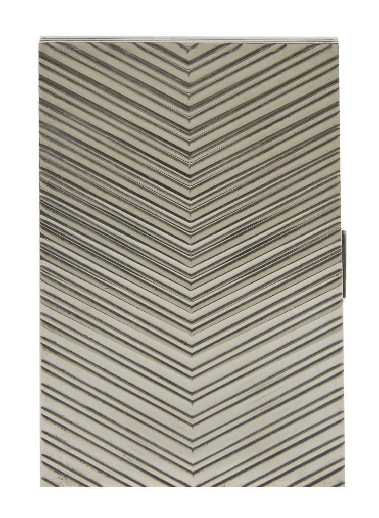 herm s porte cigarettes argent massif poids 285 2 g coupe p. Black Bedroom Furniture Sets. Home Design Ideas