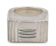 HERMÈS  Bague KELLY LOCK Argent 925/1000 Poids : 40,1 g Taille : 51  KELLY LOCK ring Silver 925/1000 Weight : 40,1...