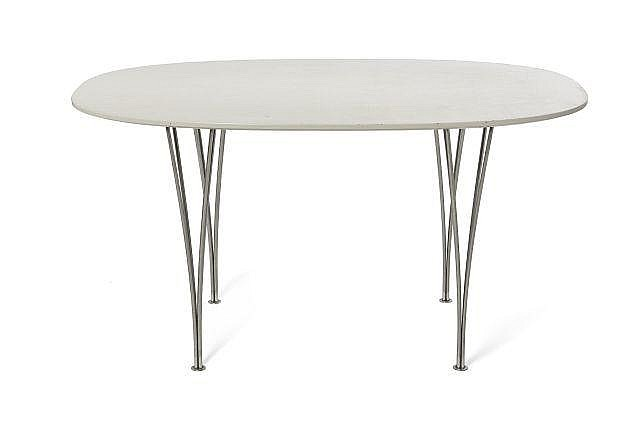 Piet hein bruno mathsson 1905 1996 1907 1988 table d for Pietement table metal