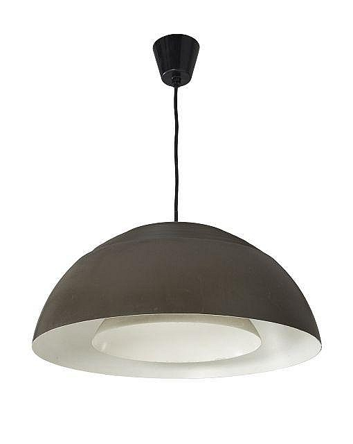 Arne jacobsen 1902 1971 suspension mod aj pendent 1957 - Suspension metal noir ...