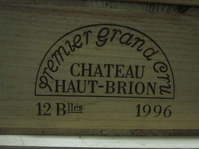12 bouteilles CHÂTEAU HAUT BRION 1996 1er GC Pessac Léognan Caisse bois d'origine