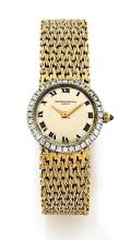 VACHERON CONSTANTIN N° 8174, vers 1960 Montre bracelet de dame en or 18K (750). Boîtier rond. Lunette sertie de diamants. Cadran...