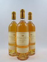 3 bouteilles CHÂTEAU D'YQUEM 1999 1er Cru Supérieur Sauternes (étiquettes fanées)
