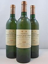 3 bouteilles CHÂTEAU LAVILLE HAUT BRION 1988 (blanc) Pessac Léognan
