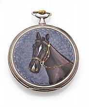 TAVANNES WATCH & CIE N° 682140 vers 1920 Belle montre de poche en argent. Boîtier rond, dos émaillé translucide mauve à décor d'...