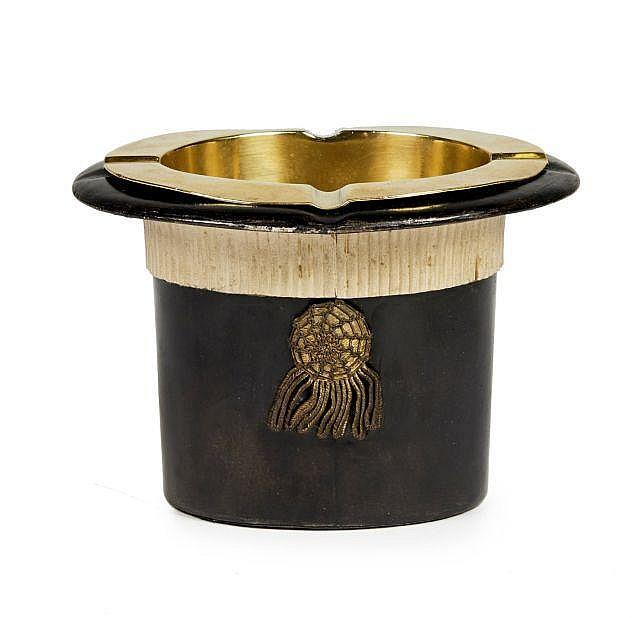herm s circa 1950 cendrier et bo te cigarette chapeau de p. Black Bedroom Furniture Sets. Home Design Ideas