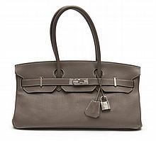 HERMÈS 2009  Sac BIRKIN SHOULDER Veau taurillon Clémence étoupe Garniture métal argenté palladié  BIRKIN SHOULDER bag...