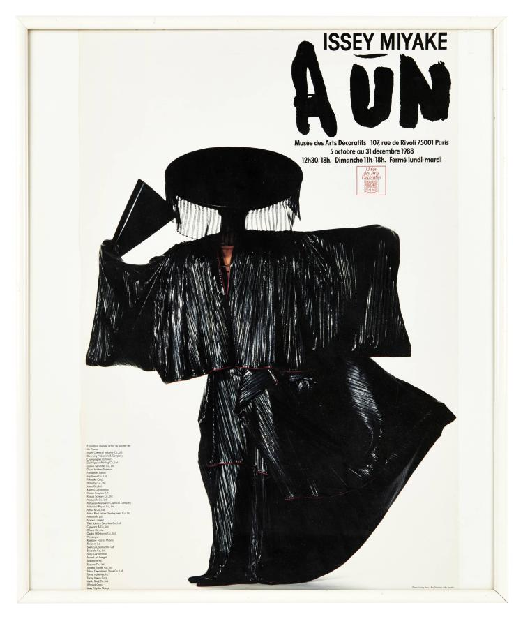 affiche issey miyake exposition quot issey miyake aun quot mus 233 e de