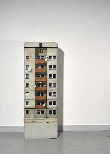 EVOL (Allemand - Né en 1972) Sans titre - 2009 Pochoir et peinture aérosol sur armoire électrique