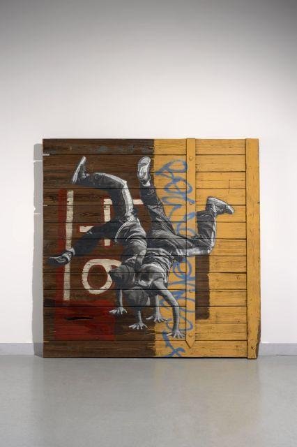Anders GJENNESTAD Norvégien - Né en 1980 46 - 2015 Pochoir et peinture aérosol sur bois de récupération