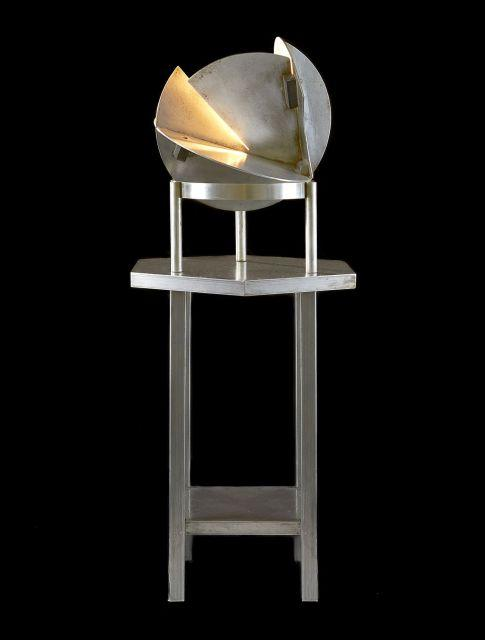 Jacques LE CHEVALLIER & René KOECHLIN (1896-1987 & 1866-1972) Ensemble comprenant une lampe