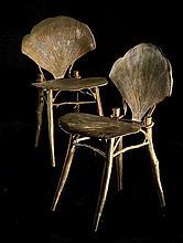 Claude LALANNE (Née en 1924) Paire de chaises « Gingko » - Création 1996 Bronze doré et gravé