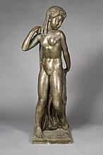 Joseph BERNARD (Vienne, 1866 - Boulogne, 1931) JEUNE DANSEUSE OU JEUNE FILLE A LA DRAPERIE, 1912 Bronze à patine brune