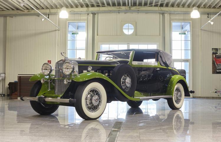 1931 Cadillac V16 Convertible Victoria par Lancefield
