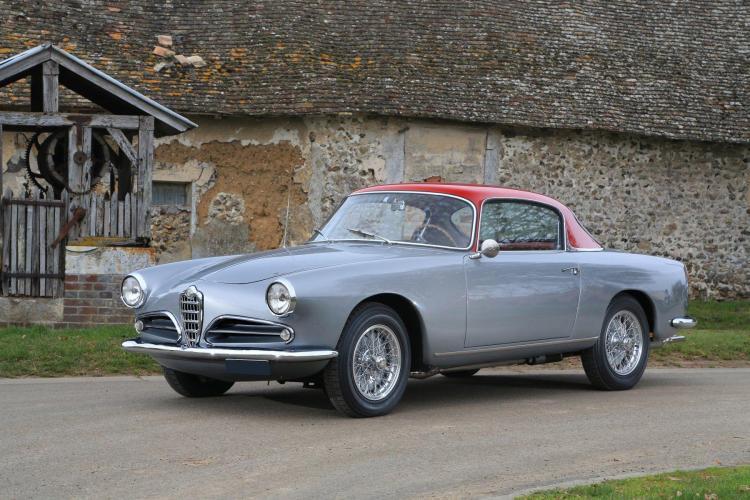 1956 Alfa Romeo 1900 C Super Sprint 3e Série par Touring