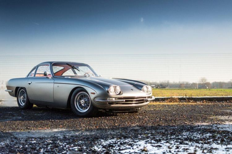 1967 Lamborghini 400 GT 2+2 par Touring