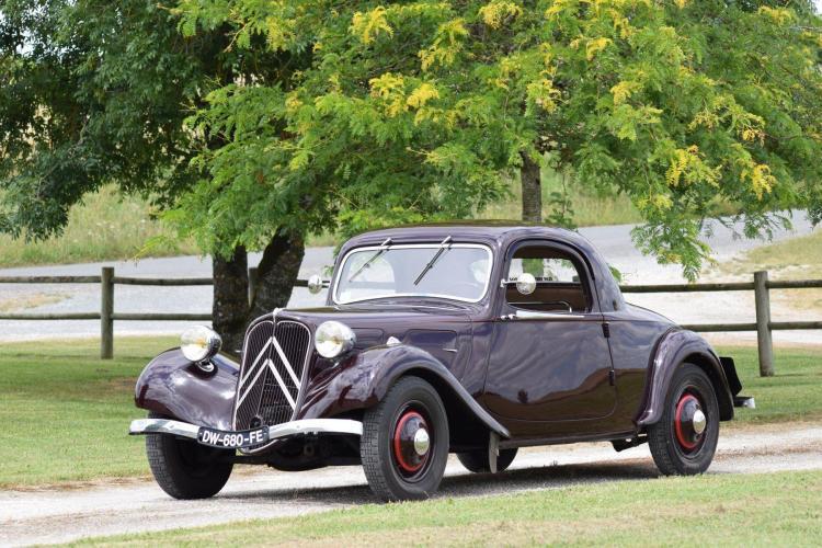 1937 Citroën Traction 7C faux-cabriolet