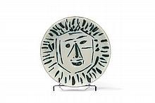 Pablo PICASSO (1881 - 1973) VISAGE DE FACE (A.R. # 454 - G.B. # 148) Coupelle ronde