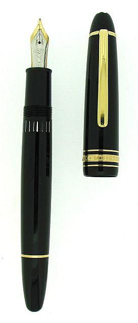 MONTBLANC Stylo plume Meisterstuck 146 en résine noire et attributs plaqués or.  Plume en or 14 carats bicolore moyenne, remplissa.....