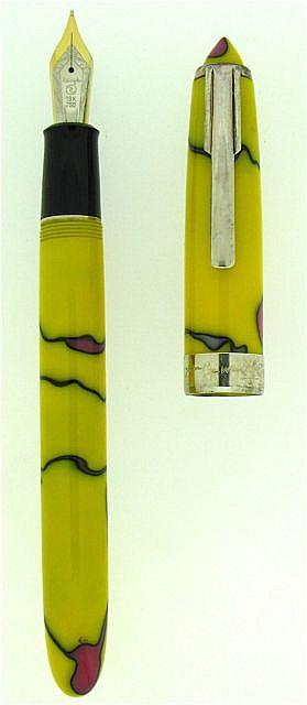 RECIFE Stylo plume Andy Warhol en hommage à Marilyn Monroe, série limitée à 7500 pièces, résine jaune avec des arabesques noires e.....