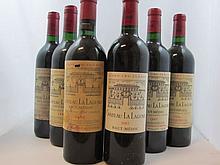 12 bouteilles 1 bt : CHÂTEAU LA LAGUNE 1990 4è GC Haut Médoc (étiquette abimée)
