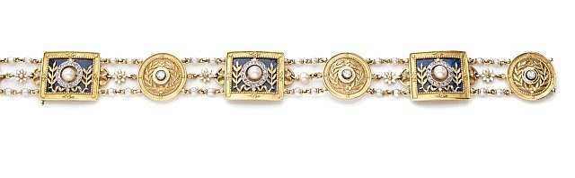 A NATURAL PEARL, BLUE ENAMEL AND YELLOW GOLD BRACELET, BY GAUTTRAIT - END OF XIX CENTURY