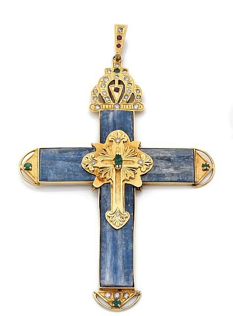 AN IMPORTANT SAPPHIRE, EMERALD, RUBY AND DIAMOND YELLOW GOLD CROSS PENDANT